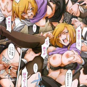 【エロ漫画】傲慢で冷酷で短気で高飛車でエロい女教師は、補習中に男子生徒達がキレてレイプされ精液塗れ